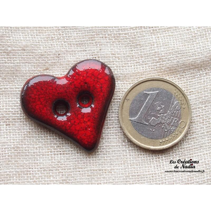 bouton coeur en c ramique rouge piment. Black Bedroom Furniture Sets. Home Design Ideas
