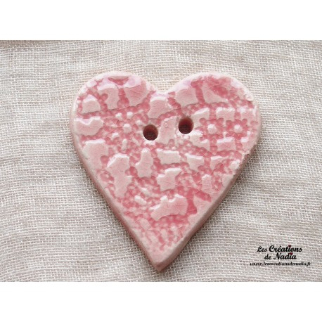 Bouton grand coeur rose bonbon