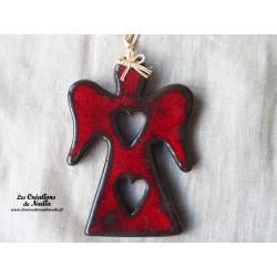 L'ange Chérubin rouge pomme d'amour