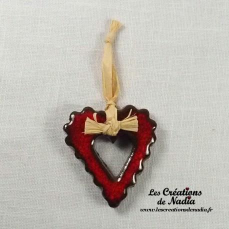 Moyen coeur dentelé rouge pomme d'amour