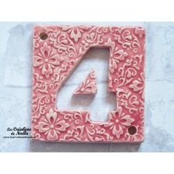 Plaque numéro maison rose