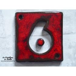 Plaque numéro maison rouge