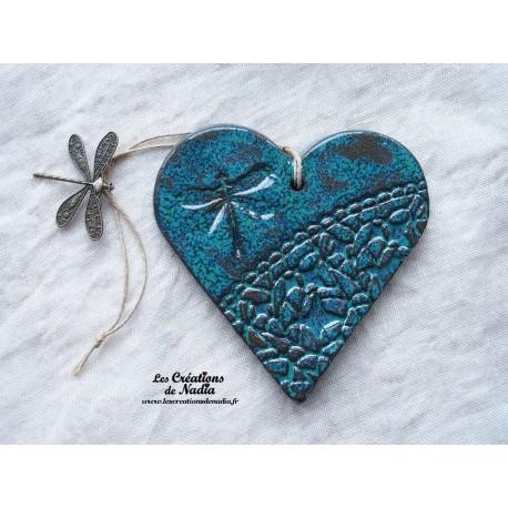 Coeur en céramique vert breloque libellule