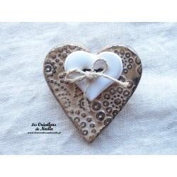 Broche coeur en céramique couleur marron glacé