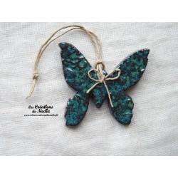 Papillon couleur vert émeraude impressions fines dentelles