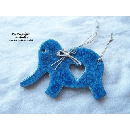 Eléphant bleu en céramique
