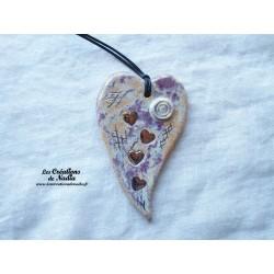 Coeur allongé en céramique en or et parme