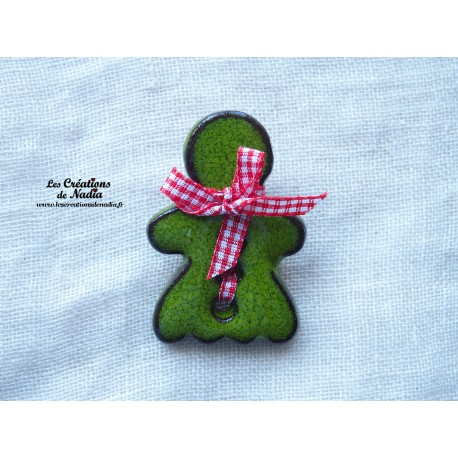 Pins grande Maïdela couleur vert reinette
