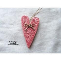 Coeur Suzel rose impression fine dentelle