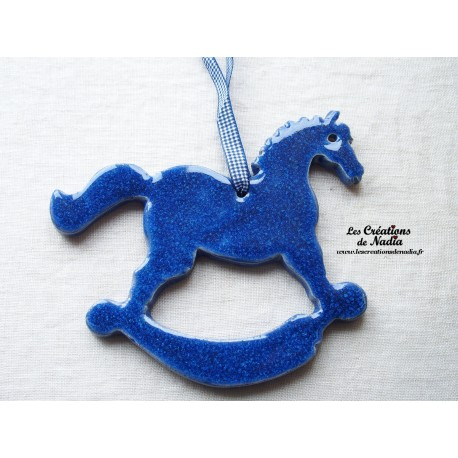 Grand cheval à bascule, couleur bleu outremer
