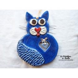 Chat en céramique couleur bleu outremer
