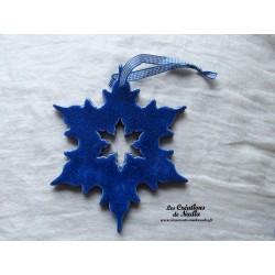 Grand flocon couleur bleu outremer