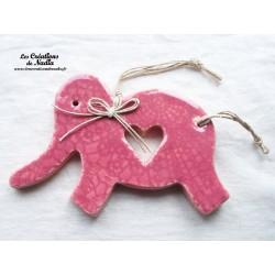 Dumbo l'éléphant couleur rose bonbon