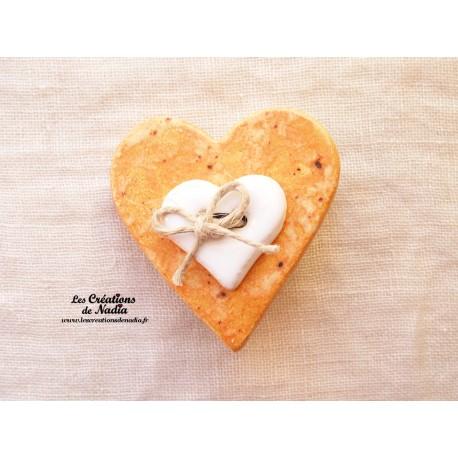 Broche coeur en céramique couleur pain d'épice
