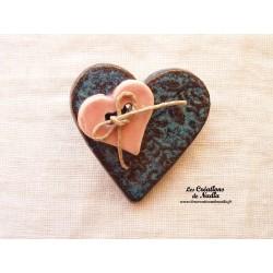 Broche coeur en céramique couleur bleu turquoise