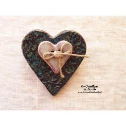 Broche coeur en céramique couleur bleu vert