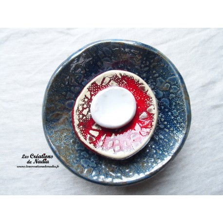 Fleur à coroles petit modèle, couleur bleu gris métal, rouge, blanc