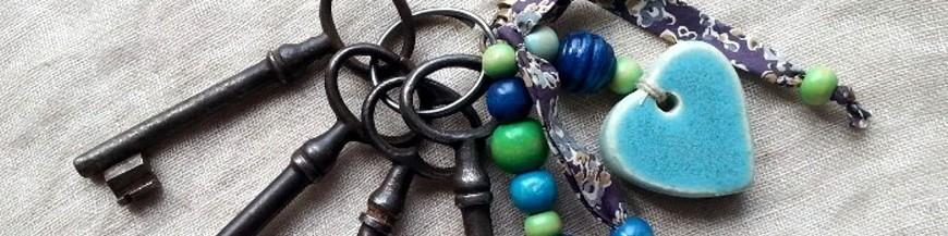 Grigris bijoux de sac, porte clefs en céramique